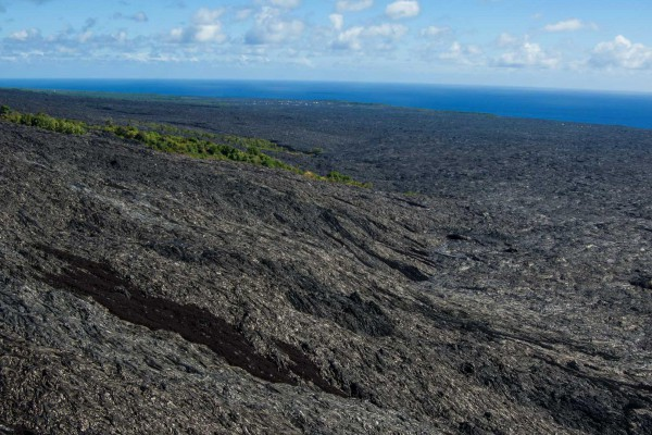 05-foto-taucher-fotografie-hawaii-kona-lava-ozean-helicopterB05ACC5C-AB25-5F00-44BB-DCF2FE9212F1.jpg