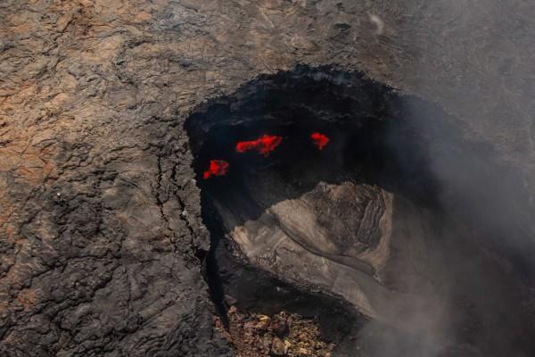 07-foto-taucher-fotografie-hawaii-kona-vulkan-magma-lava-krater-helicopter5BA8BC7F-8E28-67A4-F904-A0ED72A290A1.jpg