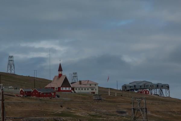 06-foto-taucher-fotografie-arktis-svalbard-longyearbyenEE07F0ED-D8B8-35F0-E4E9-14C6CB64D524.jpg